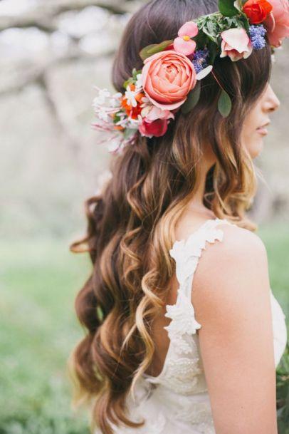 Couronne de fleurs pour la mariée ou ses demoiselles d'honneur