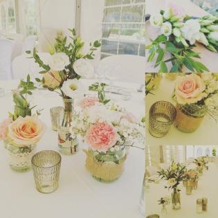 Centre de table fleuri champêtre
